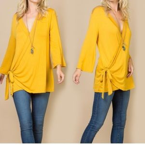 a8f20ca9ca55 Acting Pro Rust Bell-Sleeve Wrap Top Mustard M